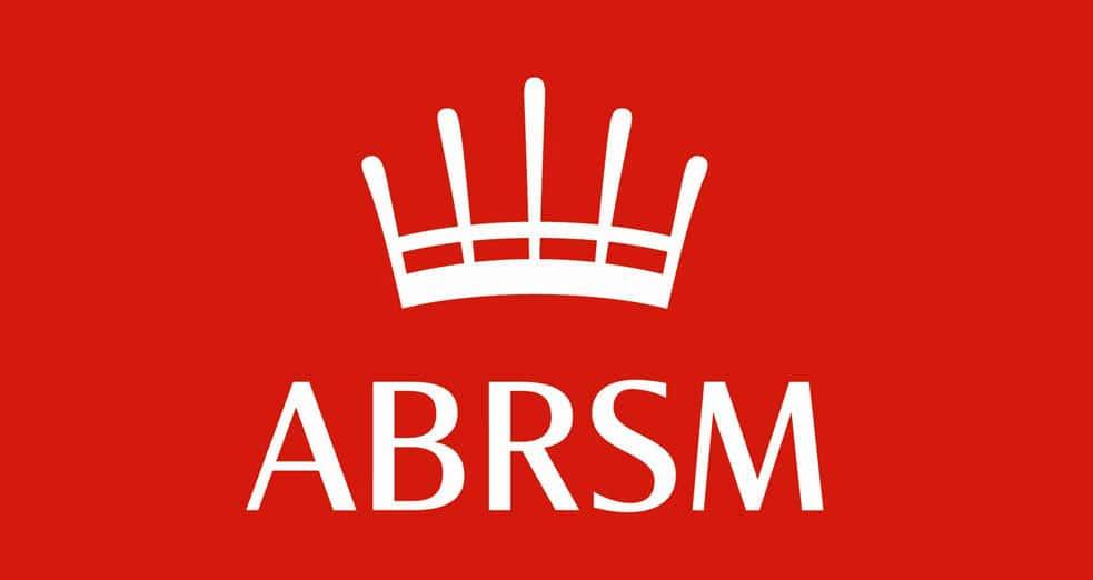 Akademiden Kültür Sanat ögrencilerini talebe göre ABRSM enstruman sınavlarına hazırlamaktadır.